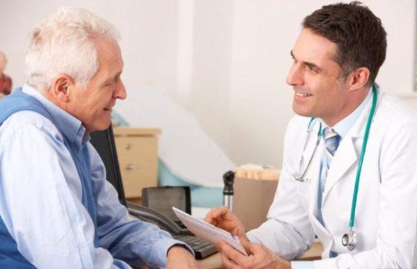 ویزیت پزشک متخصص داخلی در منزل