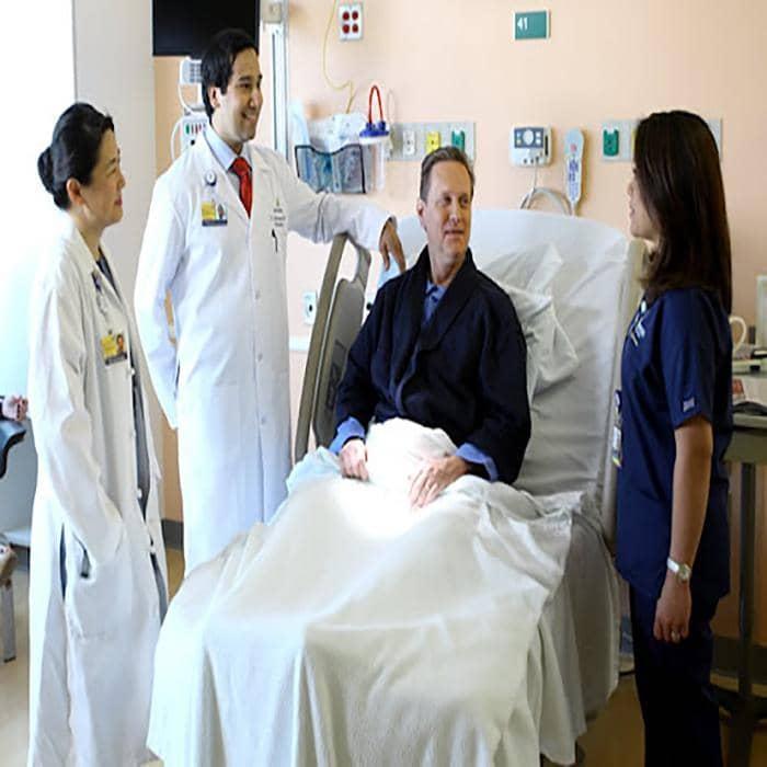 پرستاری از بیمار در بیمارستان