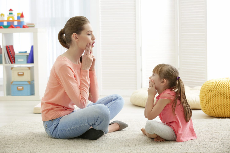 متخصص گفتار درمانی